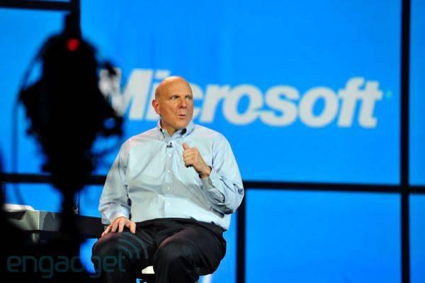"""Steve Ballmer: Prodaja Surface tableta je """"skromna"""""""