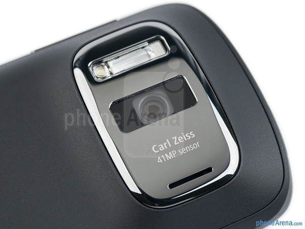 Nokia-808-PureView-Review-13-jpg