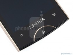 Sony-Ericsson-Xperia-ray-Review-Design-13